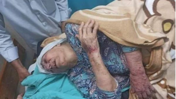 حفيد أم الأسرى الفلسطينيين يتهم حماس بالتلفيق بواقعة الاعتداء على جدته