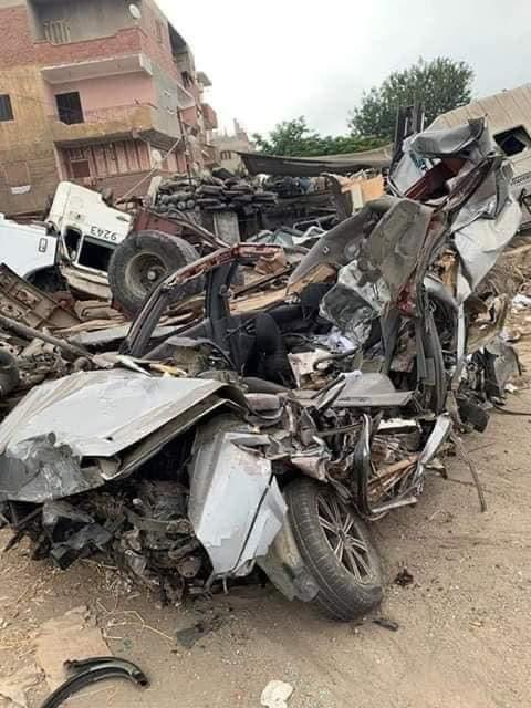 السيارة بعد تحطمها