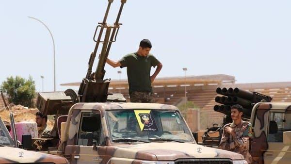 الجيش الليبي يدفع بقوات إضافية نحو شرق مصراتة والهلال النفطي