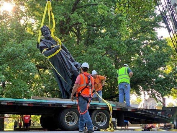 كاليفورنيا تتخلص من تماثيل كريستوفر كولومبوس