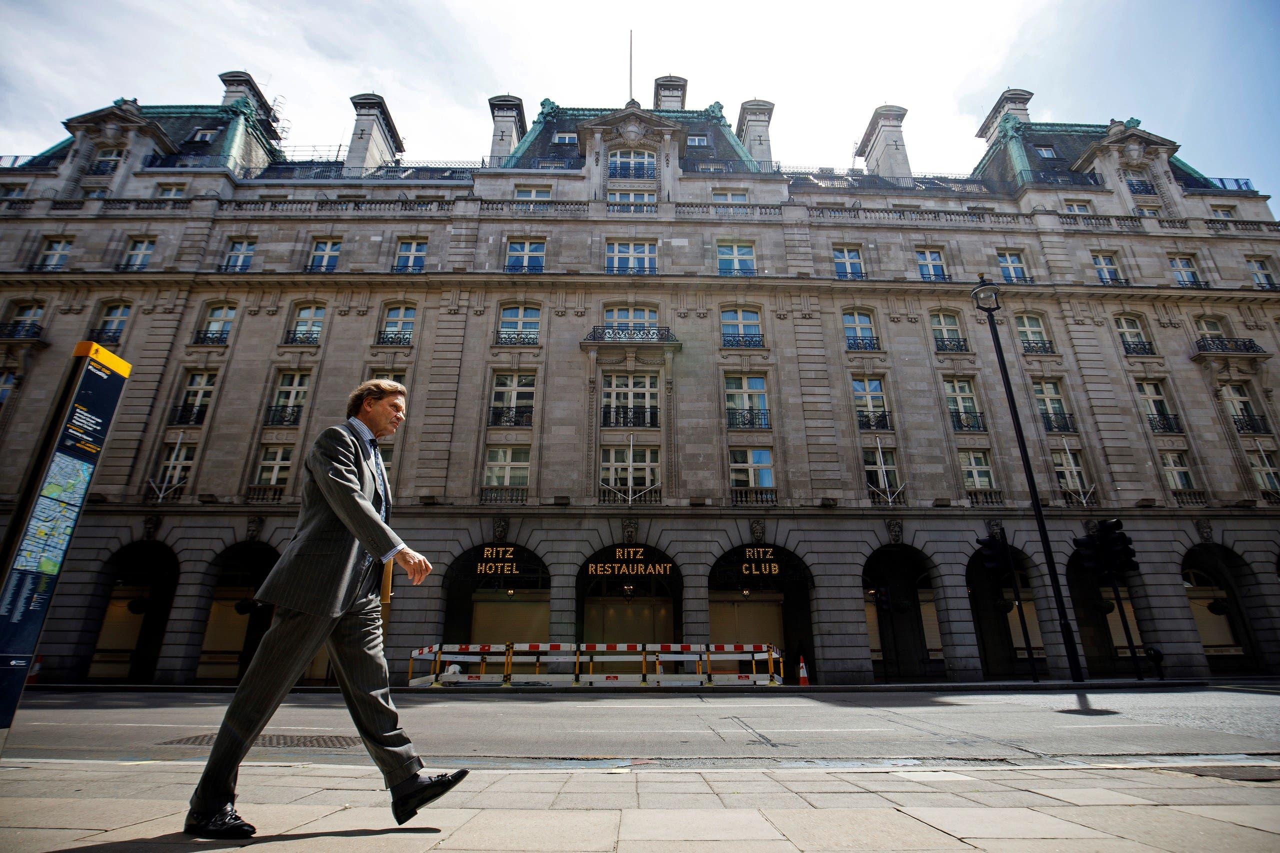 فندق الريتز الشهير في باريس