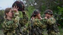 أزمة كورونا تدفع الشباب المجريين إلى الانضمام للجيش