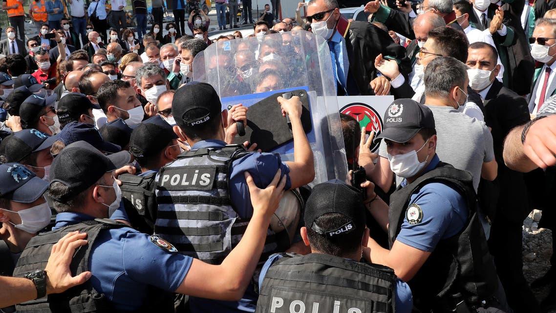 من اعتصام الحامين في اسطنبول (22 حزيران 2020- فرانس برس)