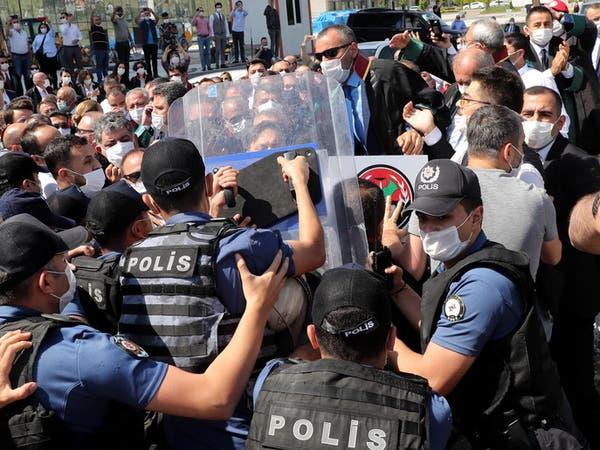 نائب سابق عن حزب أردوغان: كتم الأصوات مدمر في تركيا