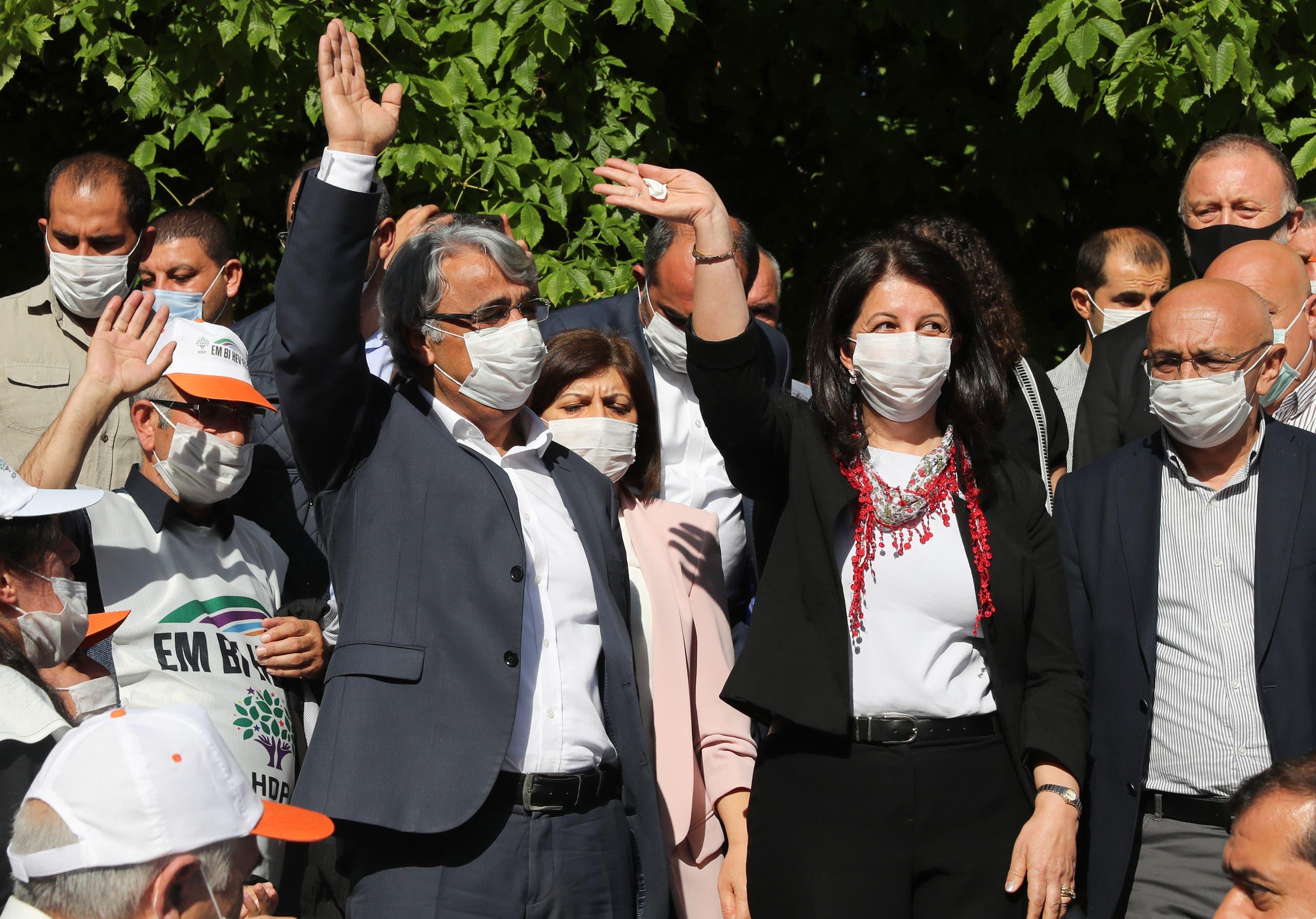 من مسيرة لحزب الشعوب الديمقراطي المعارض في تركيا (أرشيفية - فرانس برس)