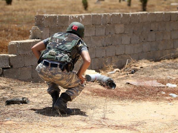 """مقاتلوها في ليبيا.. وتركيا تتهم فرنسا """"بنهج تدميري"""""""