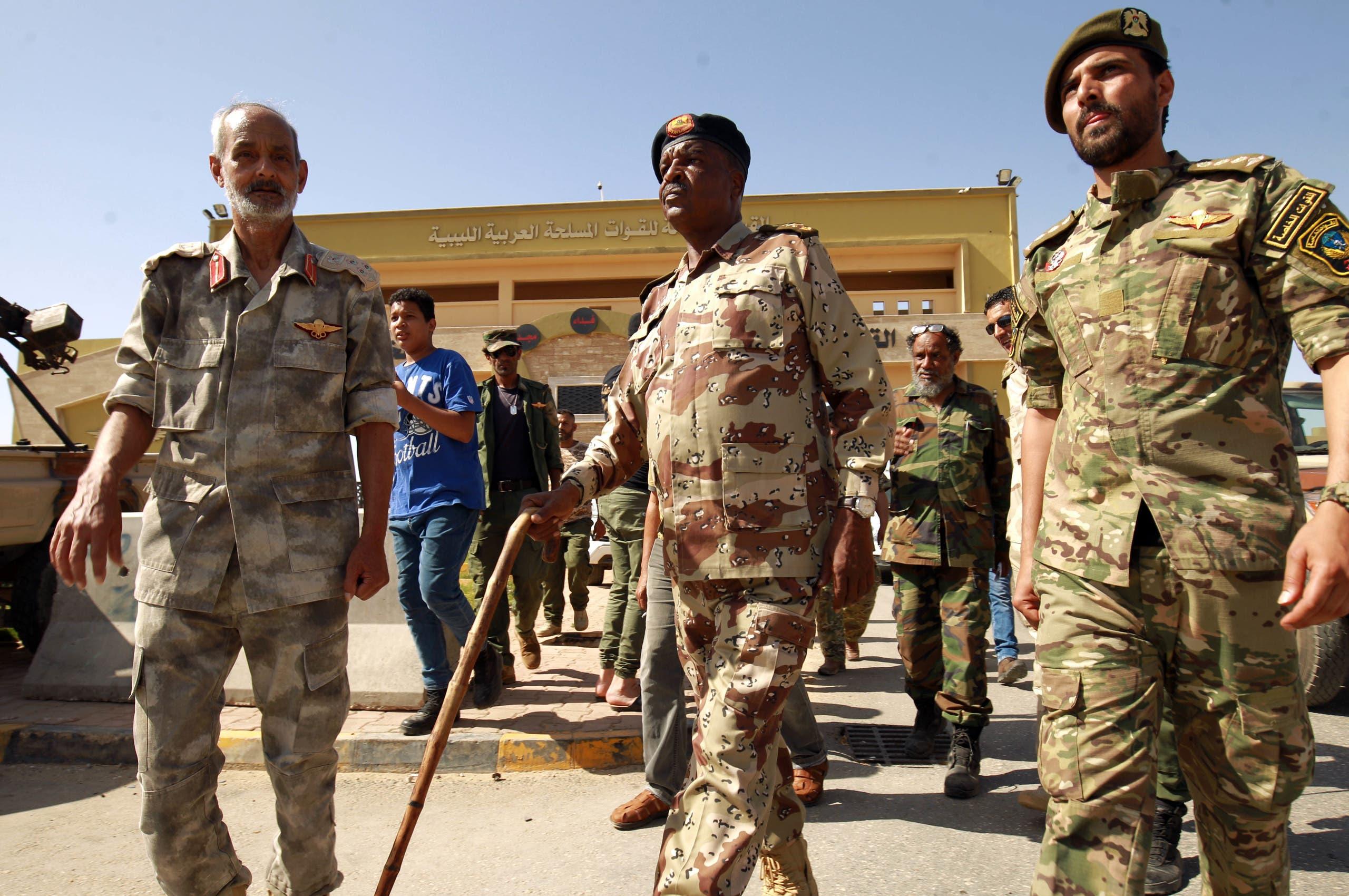 قيادات من الجيش الوطني الليبي تستعد للانطلاق من بنغازي إلى سرت للدفاع عنها