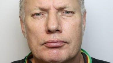 لص بريطاني يطلب المساعدة من الشرطة خلال سرقة منزل