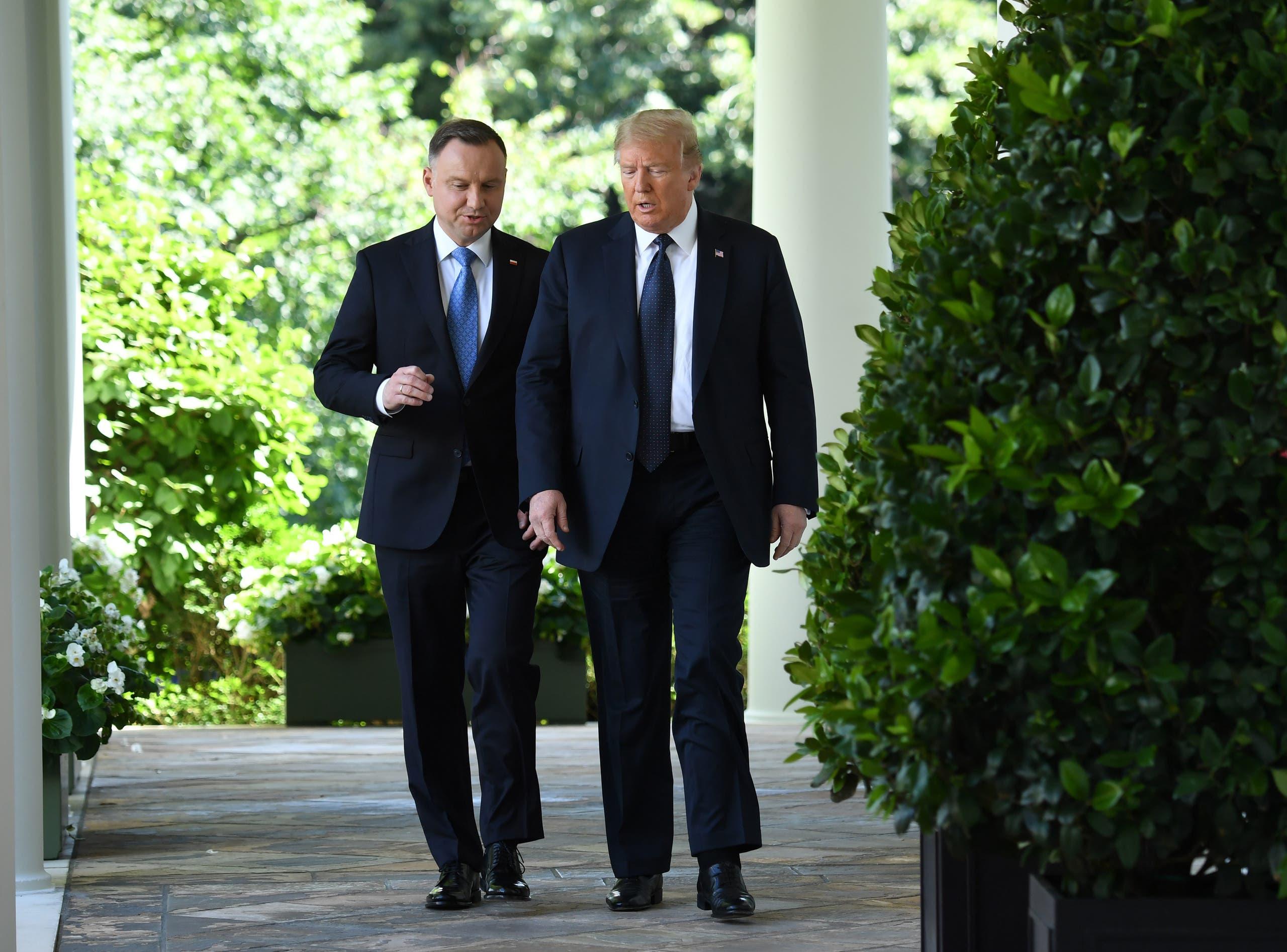 الرئيس الأميركي دونالد ترمب ونظيره البولندي أندريه دودا