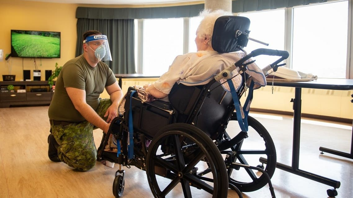 A senior citizen on May 10, 2020, at the Vigi Queen Elizabeth Residential and Long-Term Care Centre in Montreal, Quebec. (File photo: AFP)