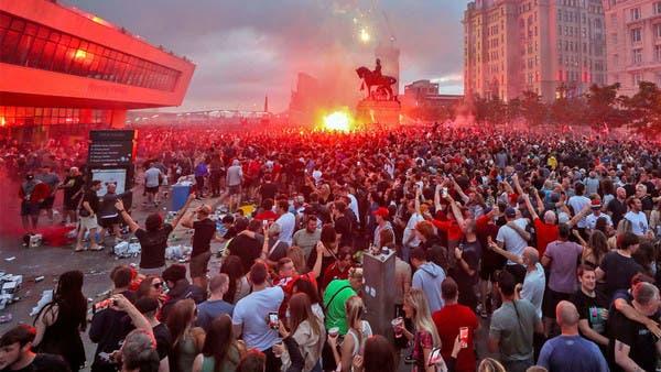 الشرطة تتدخل لإنهاء احتفالات جماهير ليفربول