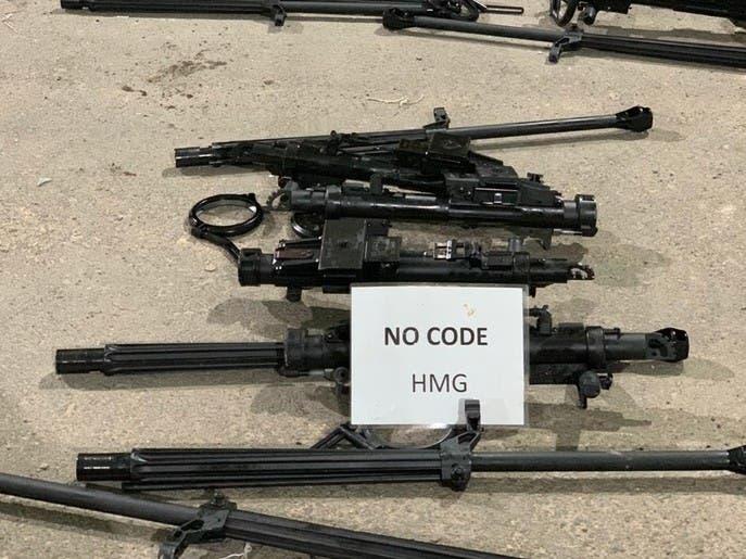 صور لمئات الأسلحة القادمة من إيران ضبطتها بحرية التحالف
