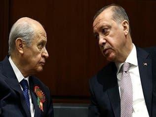 استطلاع يكشف تراجع شعبيةحزبي أردوغان وحليفه بالشارع التركي