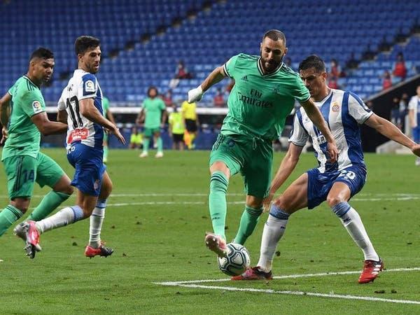الفارق النقطي بين ريال مدريد وبرشلونة لا يثير اهتمام بنزيمة