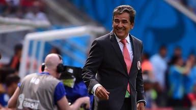الاتحاد الإماراتي يتعاقد مع المدرب الكولومبي بينتو