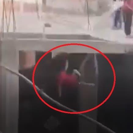 لعبة الموت تخطف 18 بمصر.. فيديو مرعب لطفل يلقى حتفه