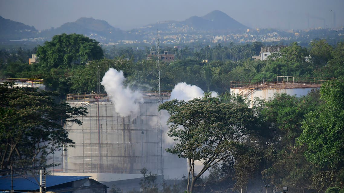 Smoke rises from LG Polymers plant, the site of a chemical gas leakage, in Vishakhapatnam, India, May 7, 2020. (File photo: AP)