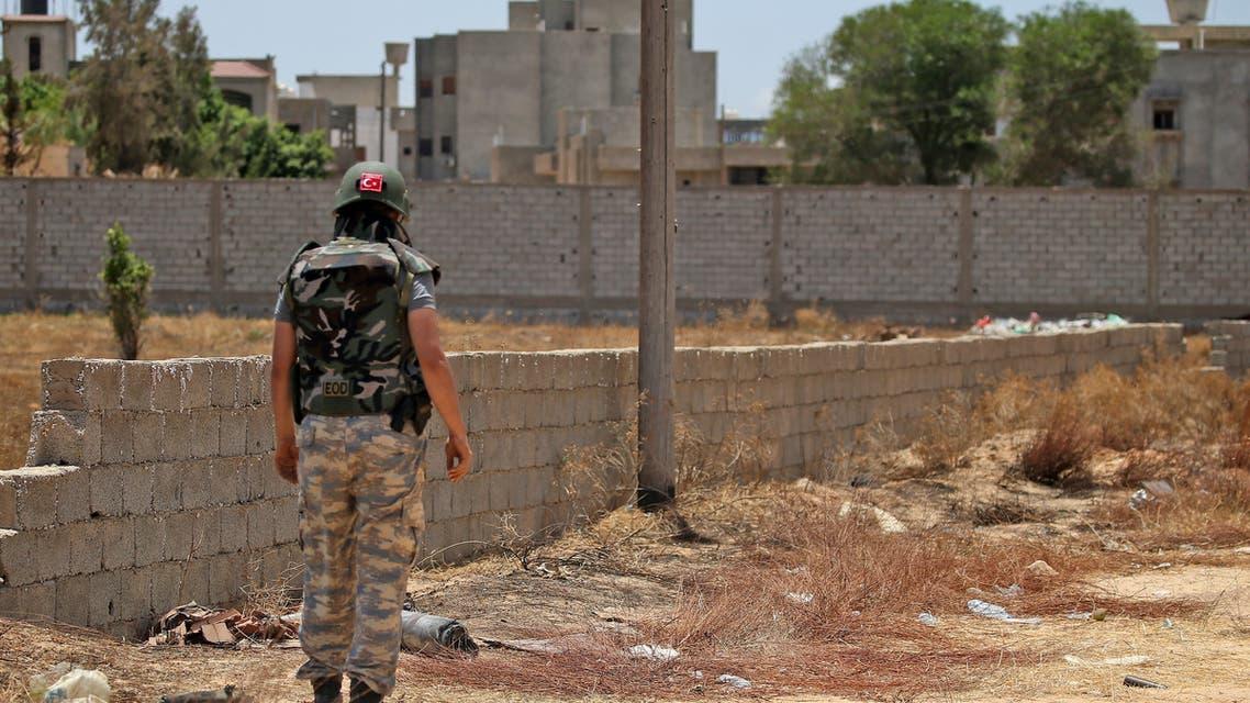 أحد الجنود الأتراك في طرابلس (أرشيفية- فرانس برس)