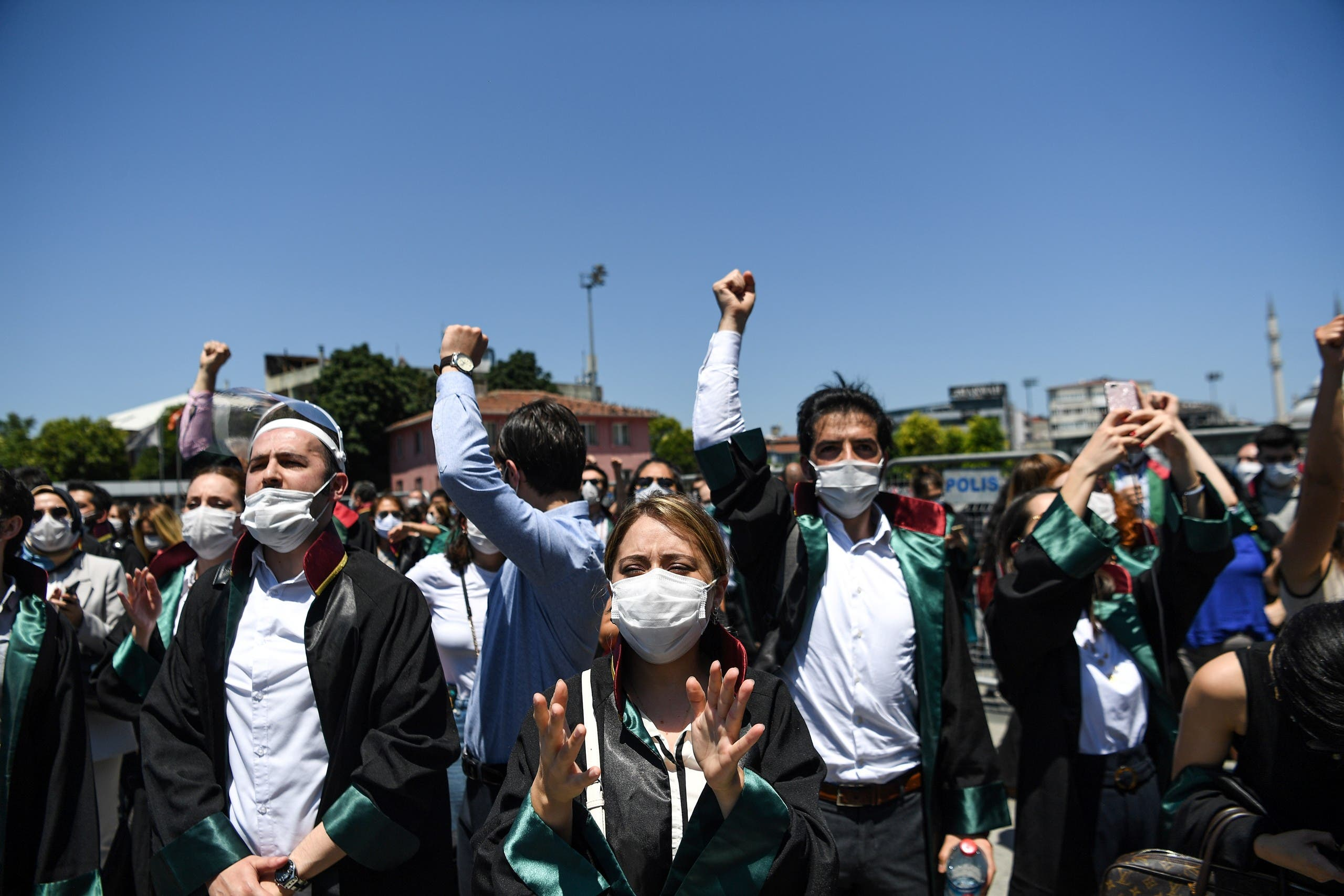 Lawyers demonstrate in front of Istanbul's courthouse, on June 30, 2020. (AFP)