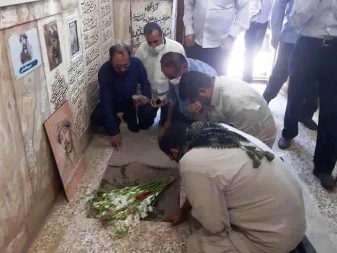 واکنش افغانها به دفن شهروند افغانستان در ایران: اشک تمساح نریزید