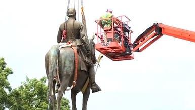 شاهد عملية إزالة تمثال الرئيس أندرو جاكسون في فرجينيا