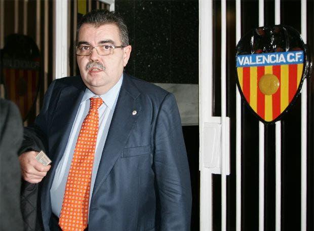سولير الرئيس الذي استلم النادي في 2004
