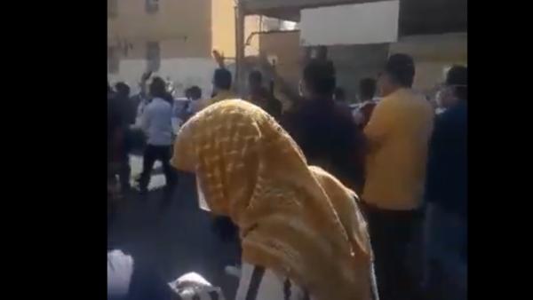 احتجاجات عمال الأهواز تمتد إلى الشوارع