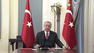 لأسباب عائلية.. أردوغان يتوعد وسائل التواصل