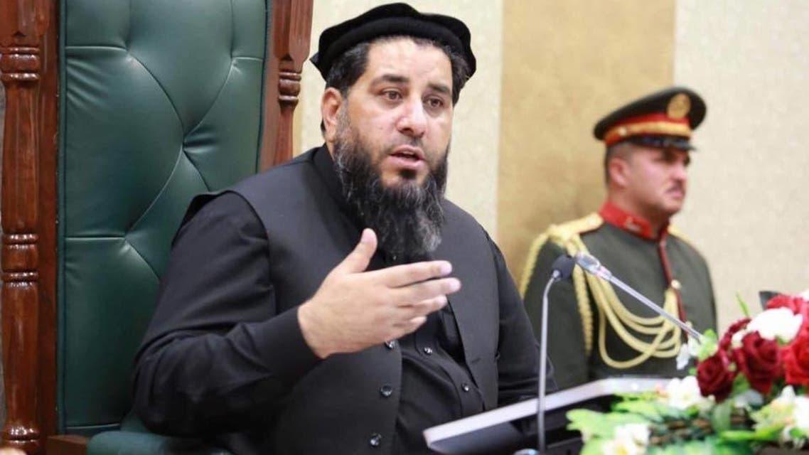 نمایندگان طالبان میگویند، براساس امضای توافقنامه صلح با آمریکا، باید پنج هزار زندانی شان و یک هزار زندانی دولت افغانستان آزاد شوند پس از آن مذاکرات بینالافغانی صلح آغاز خواهد شد. این توافقنامه صلح میان آمریکا و طالبان بتاریخ 29 فوریه 2020 در دوحه قطر امضا شد.