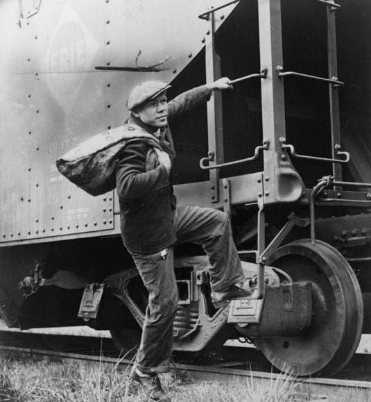 صورة لرجل متشرد أثناء الكساد العظيم