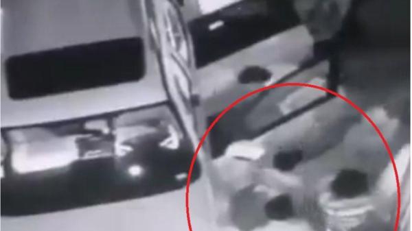 فيديو لاغتيال الهاشمي يظهر أطفاله أثناء استخراج جثته من السيارة