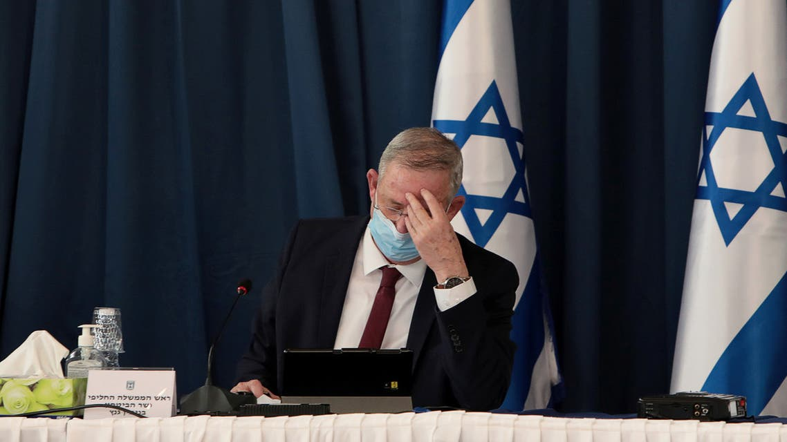 Israeli Defense Minister Benny Gantz wears a protective mask, amid the spread of the coronavirus disease (COVID-19), as he attends a weekly cabinet meeting at the Foreign Ministry in Jerusalem, July 5, 2020. Gali Tibbon/Pool via REUTERS
