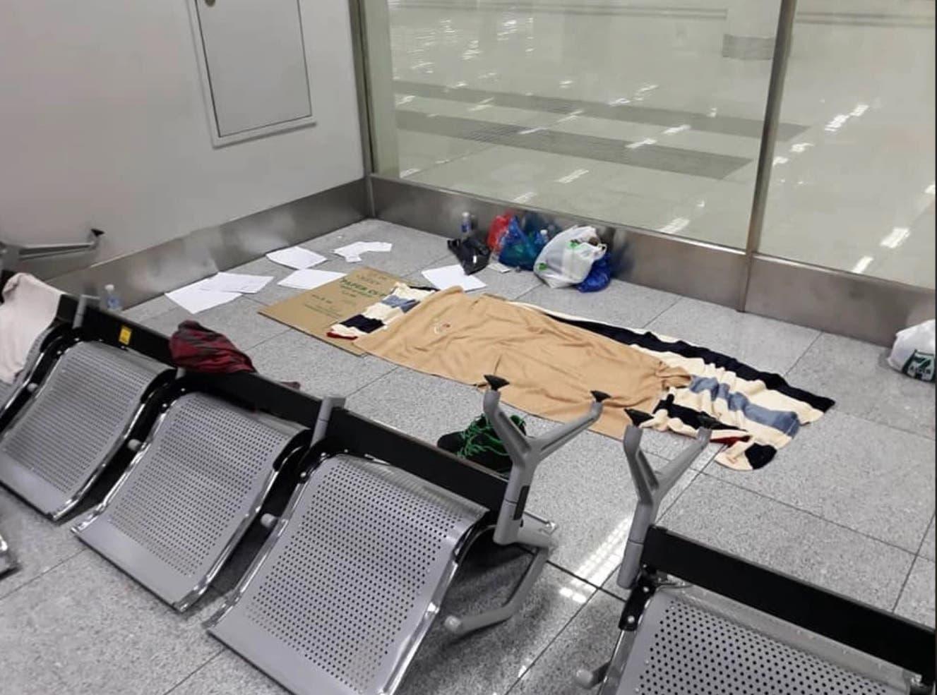 مكان إقامة السائح في المطار