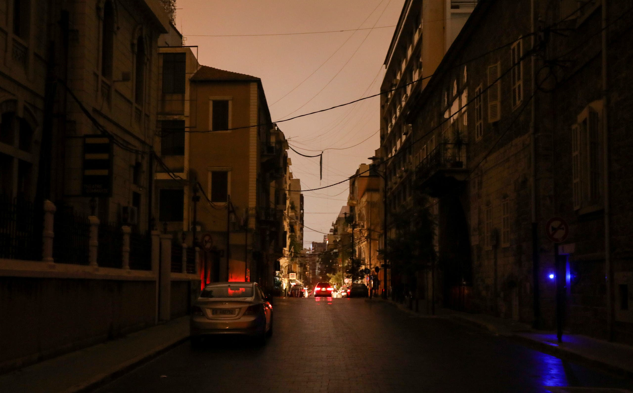انقطاع للكهرباء في لبنان (أرشيفية من رويترز)