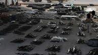 مایک پمپئو تصویری از تسلیحاتی که ایران برای حوثیها فرستاده منتشر کرد