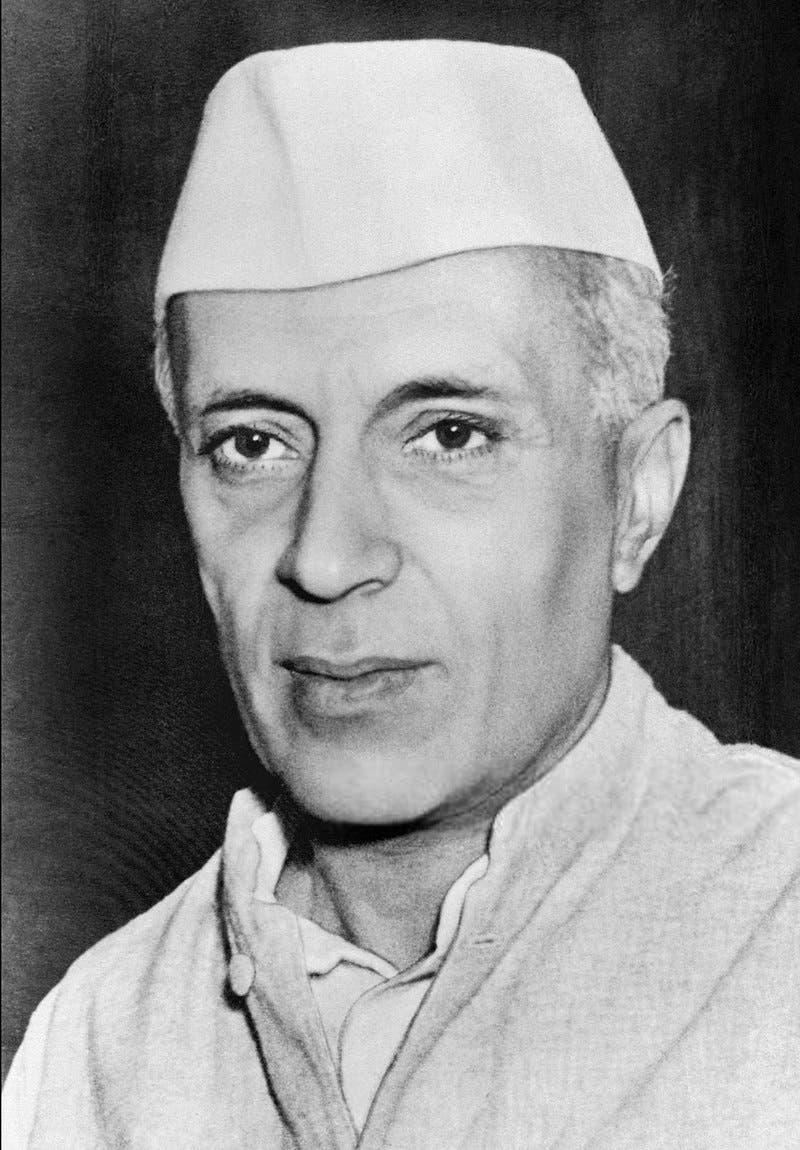 صورة لرئيس الوزراء الهندي جواهر لال نهرو