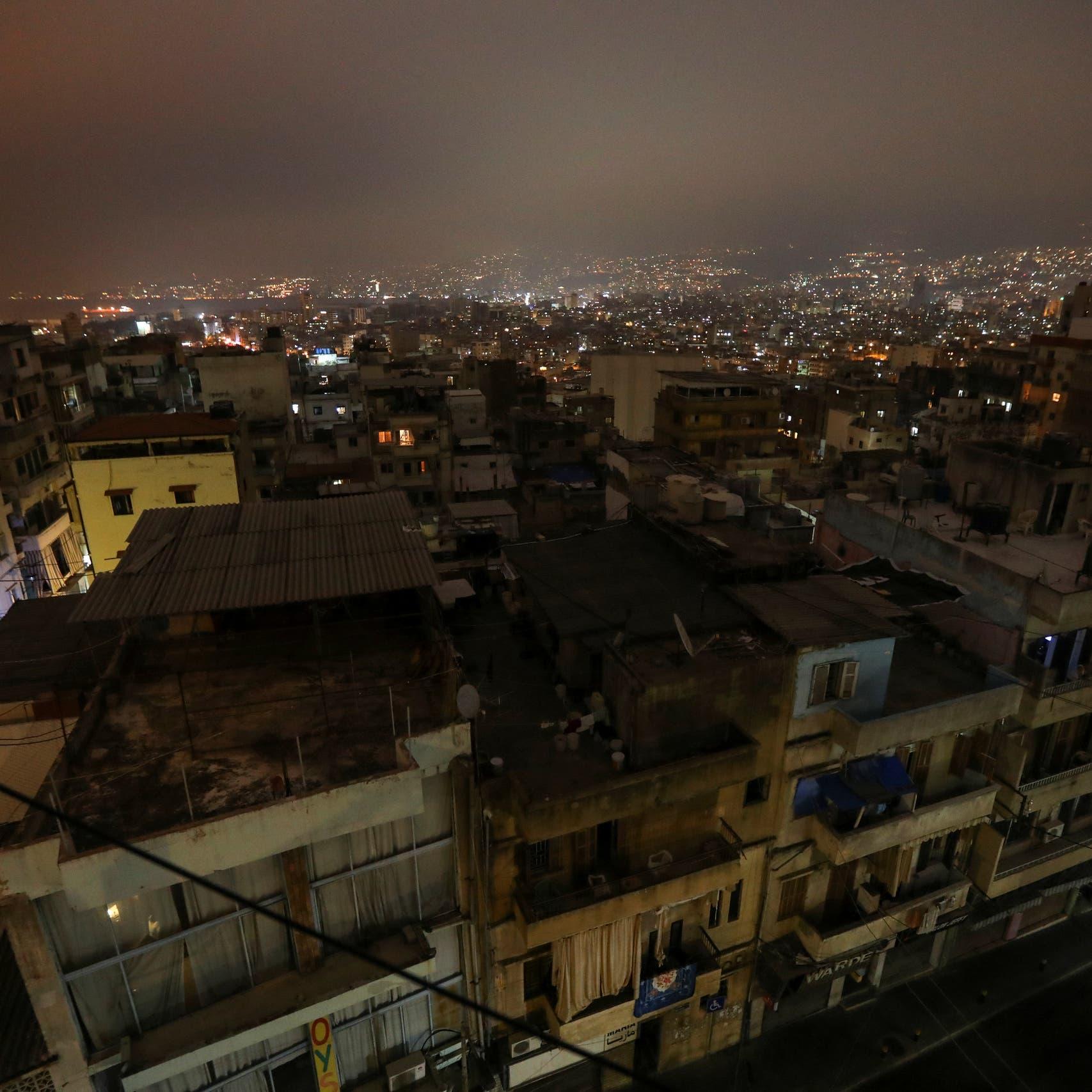 نيويورك تايمز: شموخ لبنان ينهار والناس تقايض الملابس بالطعام