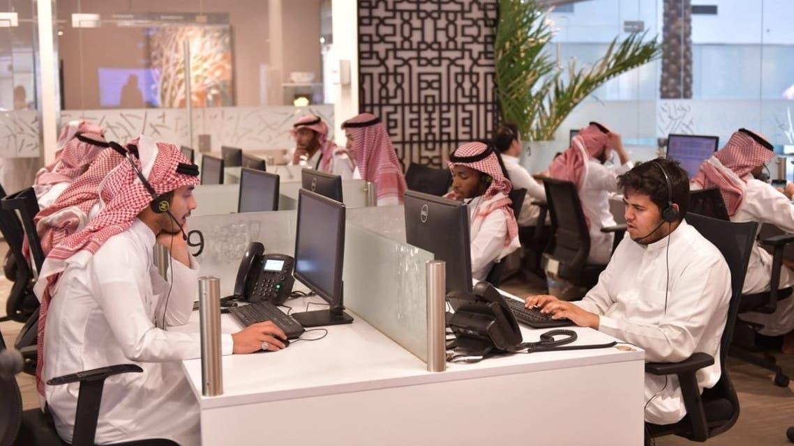 Coronavirus: Saudi Arabia's '937' call center receives 3.7 million medical consultations