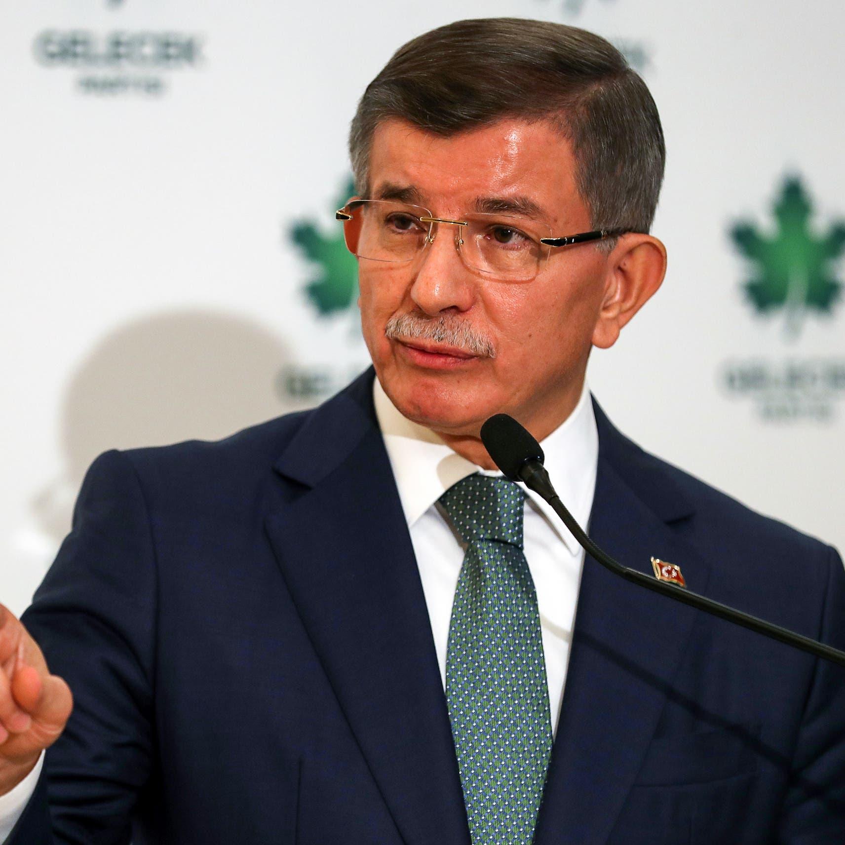 داوود أوغلو لأردوغان: الترويج لصهرك يتعارض مع أخلاق الدولة