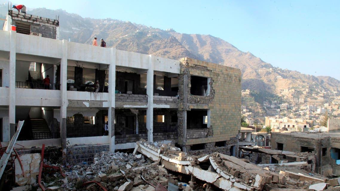 Damage is seen at a school in the southwestern city of Taiz, Yemen December 18, 2018. Picture taken December 18, 2018. REUTERS/Anees Mahyoub