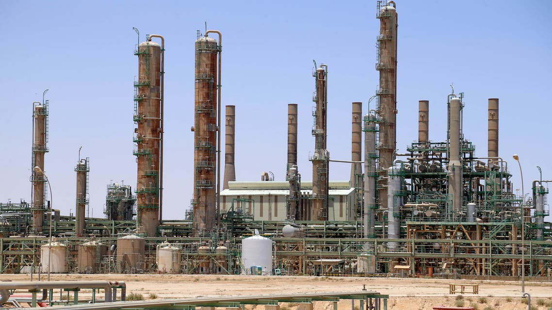 A picture taken on June 3, 2020 shows an oil refinery in Libya's northern town of Ras Lanuf. Libya's National Oil Company said Monday it had restarted production at Al-Fil oil field, closed since January by the forces of eastern military strongman Khalifa Haftar. The NOC's announcement came a day after output resumed at Al-Sharara oil field, the country's largest, following a string of victories against Haftar by forces backing Libya's Tripoli-based unity government.