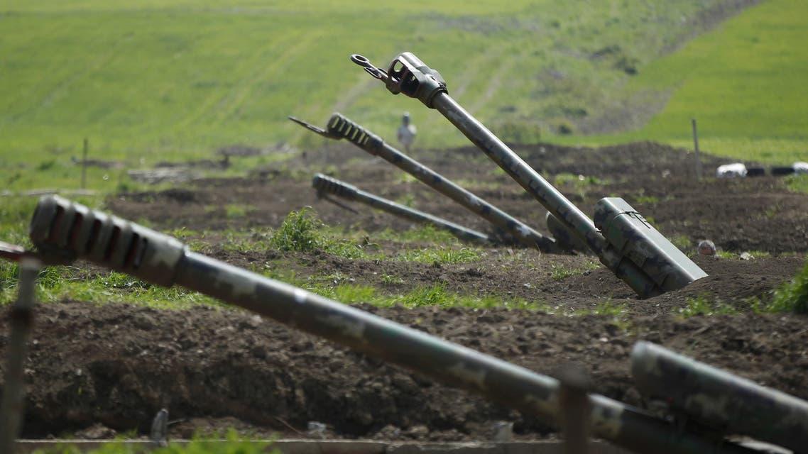 Armenian artillery is seen near Nagorno-Karabakh's town of Martuni, April 8, 2016. REUTERS/Staff