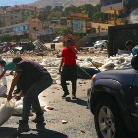 شاهد سائق شاحنة في لبنان يفقد سيطرته ويقتل 4 أشخاص