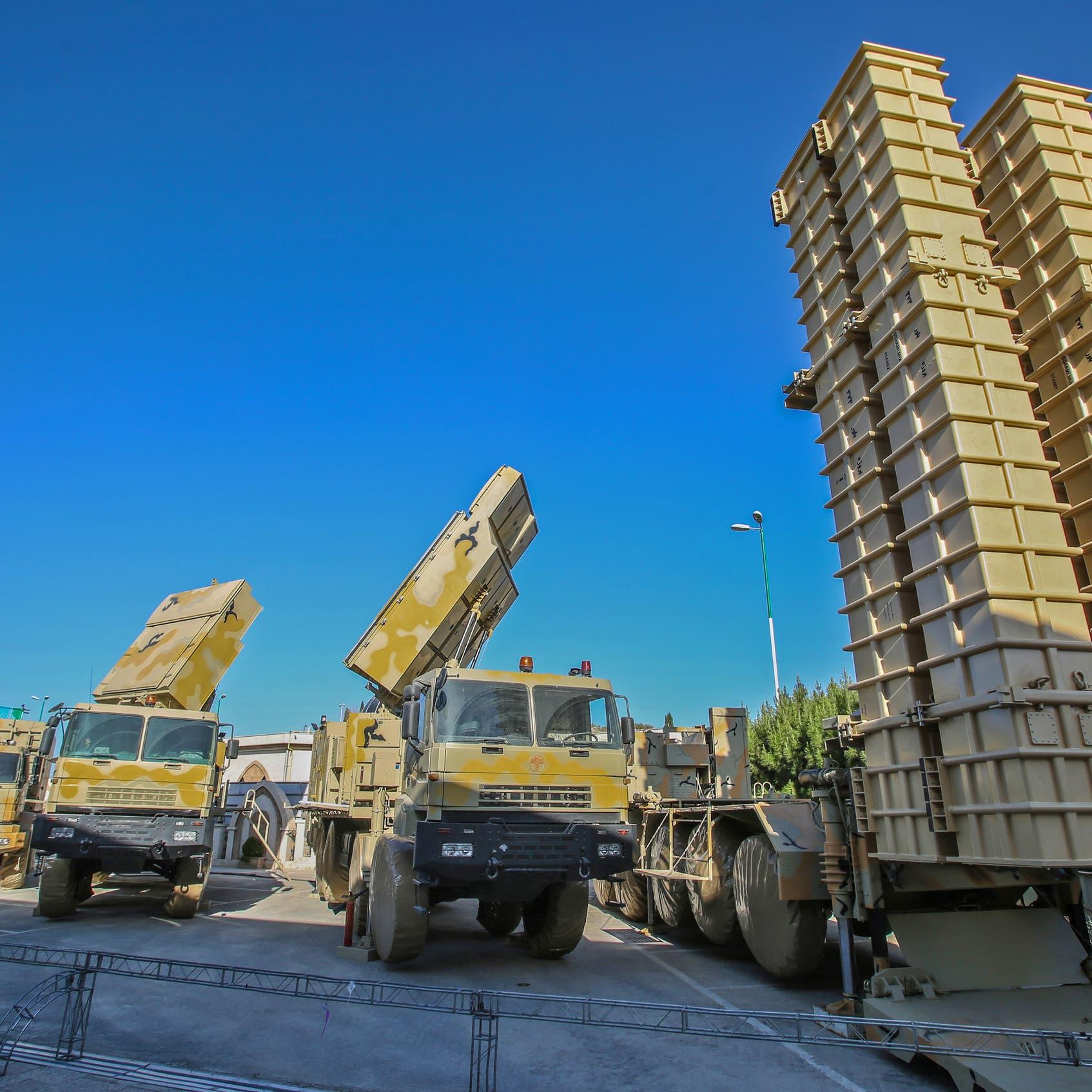 إيران تشغل أنظمة الدفاع الجوي.. وخوف على الطائرات المدنية