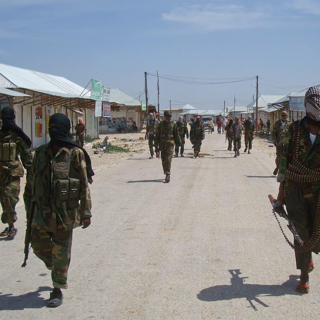 الجيش الأميركي يشن أول هجوم جوي في الصومال منذ توليبايدن