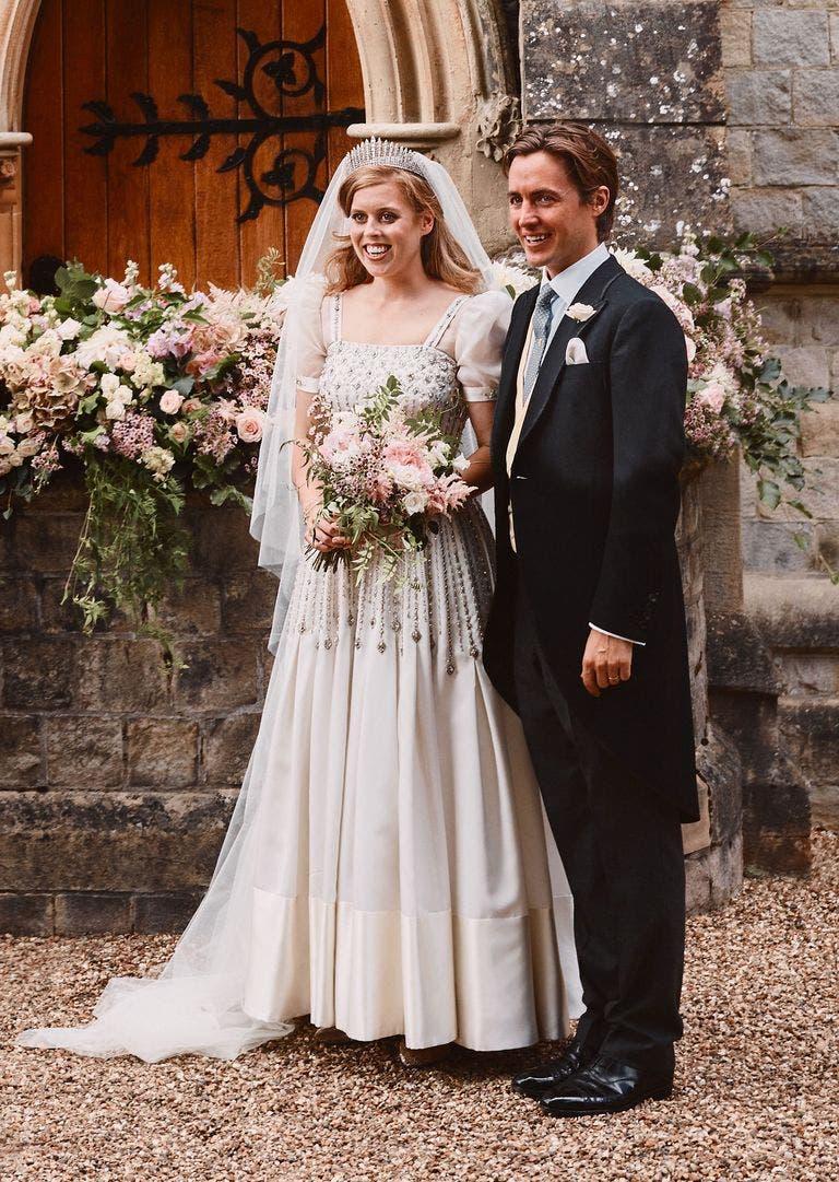 الأميرة بياتريس وعريسها إدواردو مابيلي