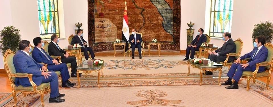جانب من لقاء الرئيس المصري عبدالفتاح السيسي لرئيس وزراء اليمن
