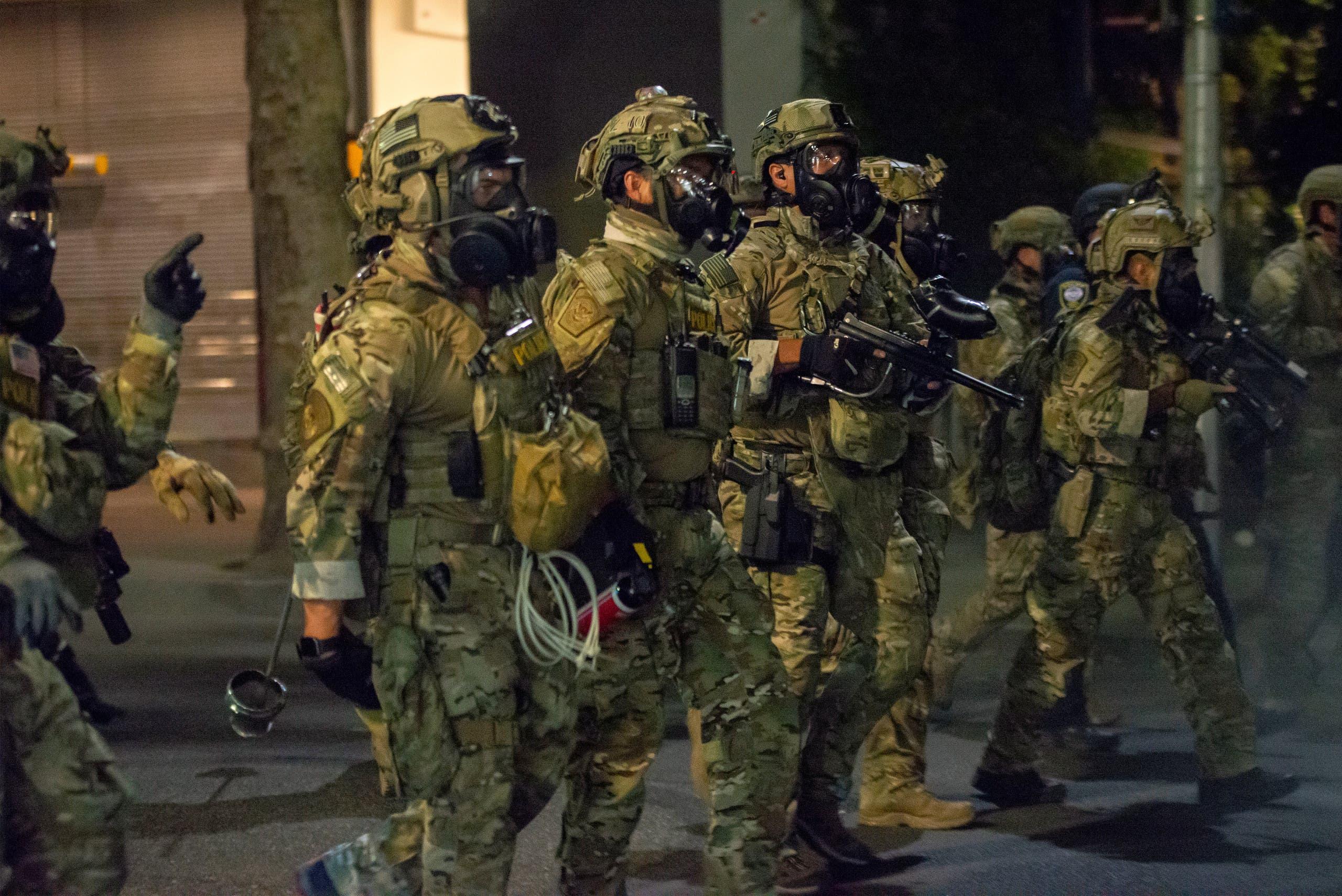 رجال الأمن الاتحادي في أوريغون للتصدي للاحتجاجات العنيفة