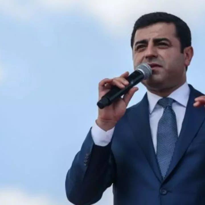 زعيم كردي بارز: مأساة إنسانية تعيشها سجون تركيا