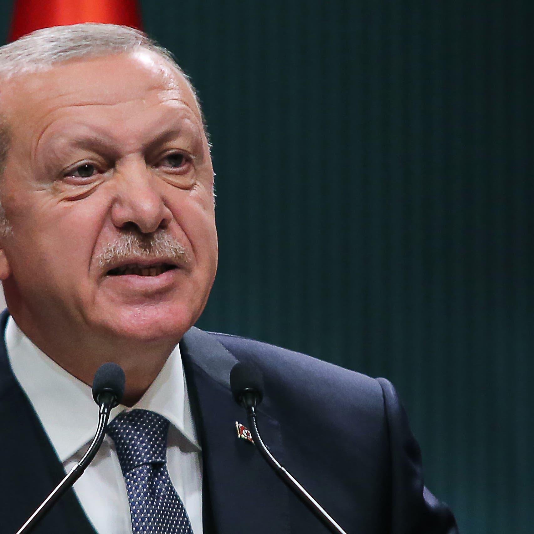 """قبل عطلة البرلمان.. أردوغان يسعى لتمرير """"قانون التواصل"""""""